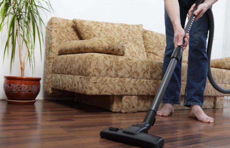 Vacuum suction cleaning hardwood floor