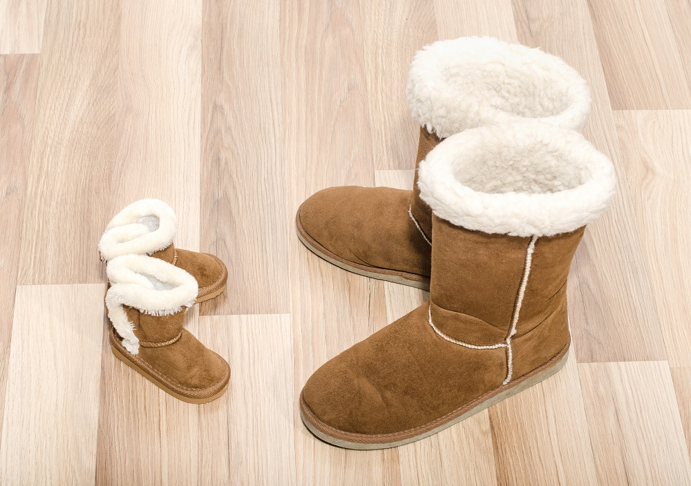 Ugg Boots brown large and small