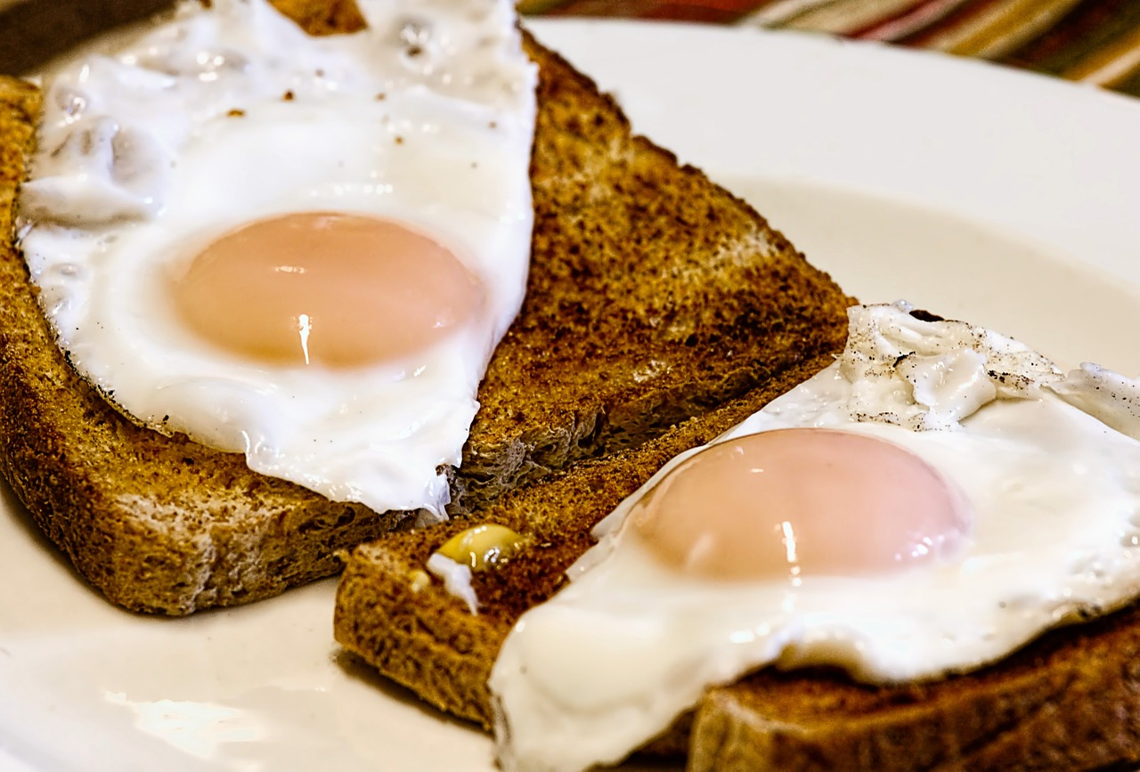 Stronger Nails eggs on toast