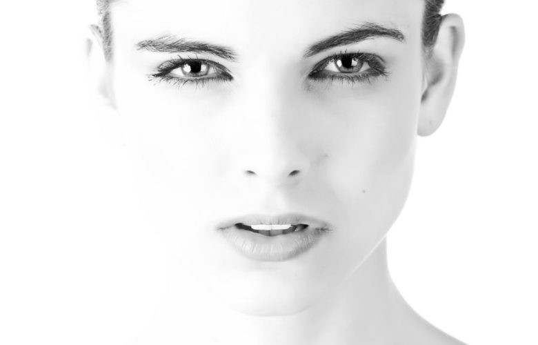 4 Essential Skin Care Tips for Vibrant Skin