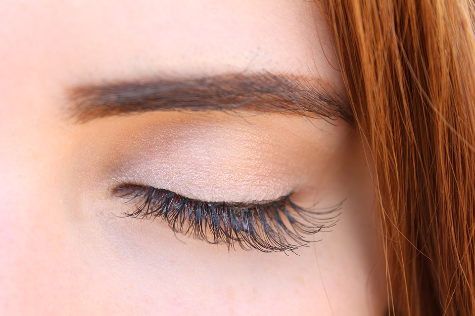 Eyelash Extensions: 8 Charms You Get from Longer Lashes closed eyes