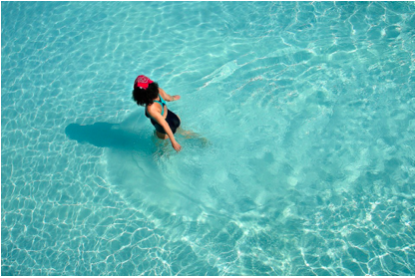 Four Ways to Keep Your Skin Healthy When Swimming on Vacation